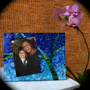 willow mosaic frame